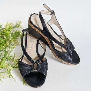 (Andrew Geller) Feng Black Leather Wedge 7.5M
